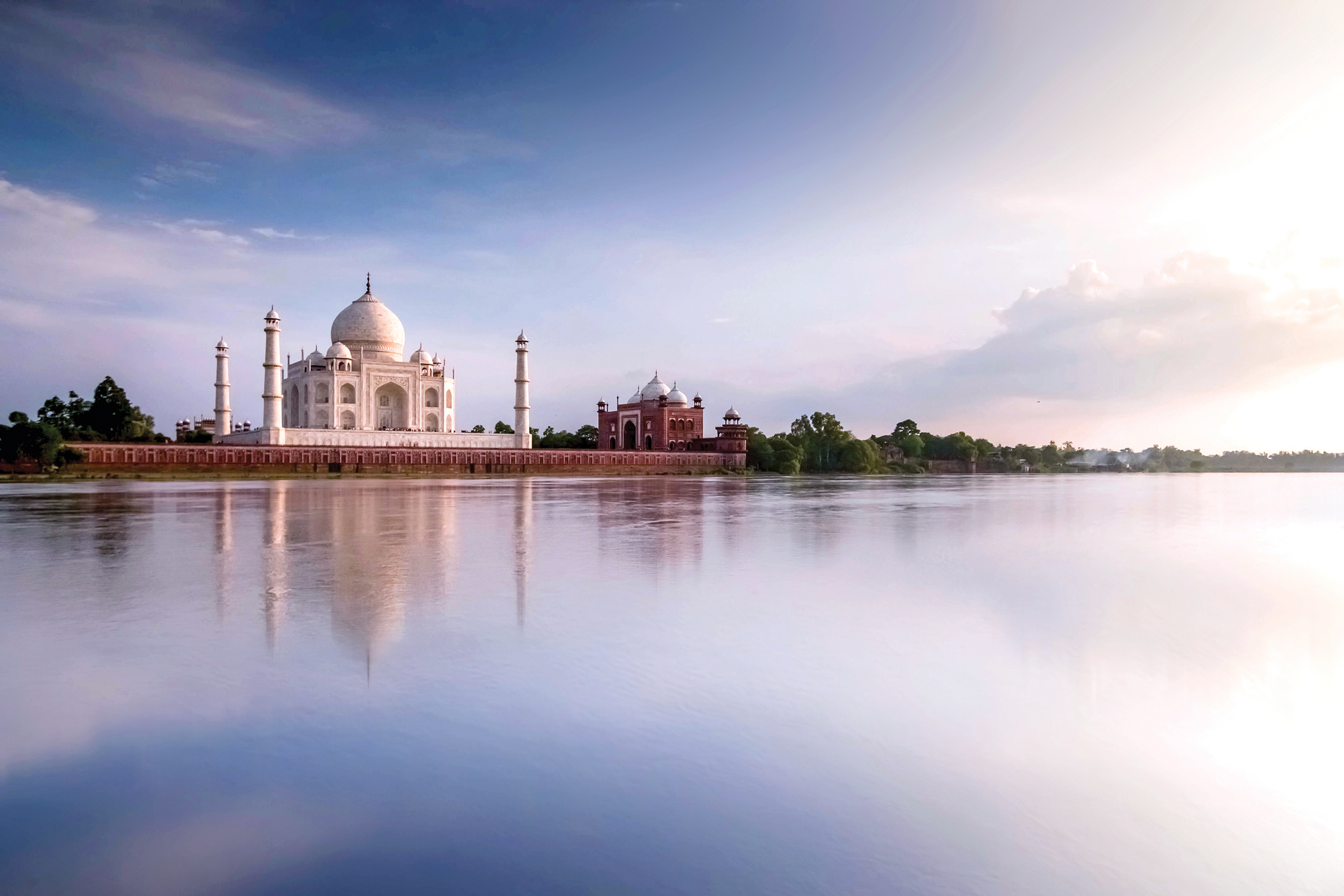 The Seven Wonders Of The World Taj Mahal